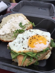 Por'Ketta Sandwich with an egg on top